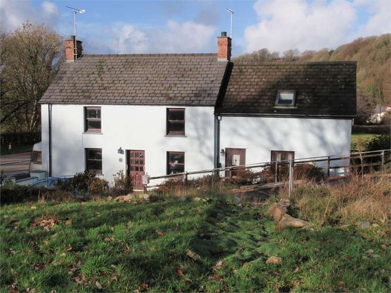 3 Bedrooms Detached House for sale in Glascoed, Felindre Farchog, (Nr Newport), Crymych, Pembrokeshire