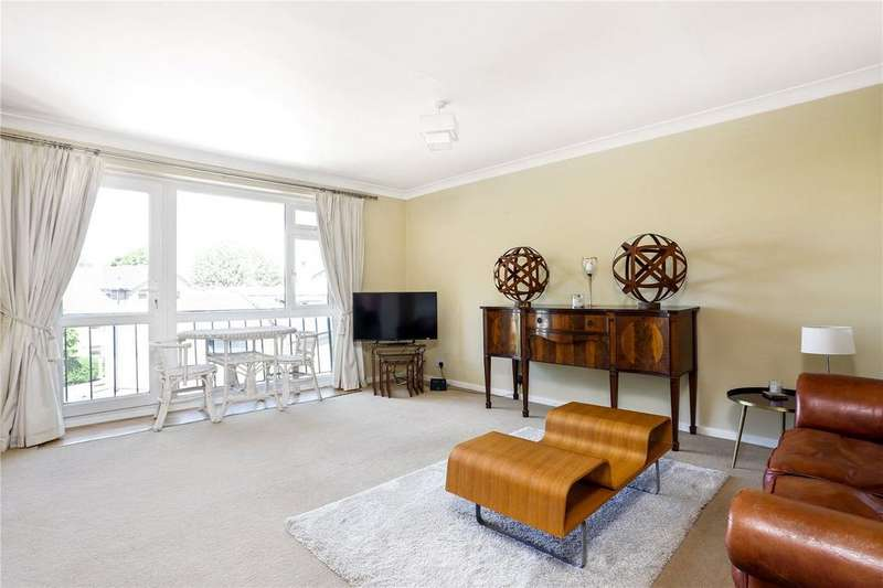 2 Bedrooms Flat for sale in Sycamore Court, Springfield Road, Windsor, Berkshire, SL4