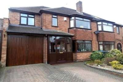 4 Bedrooms House For Rent In Charlemont Avenue West Bromwich