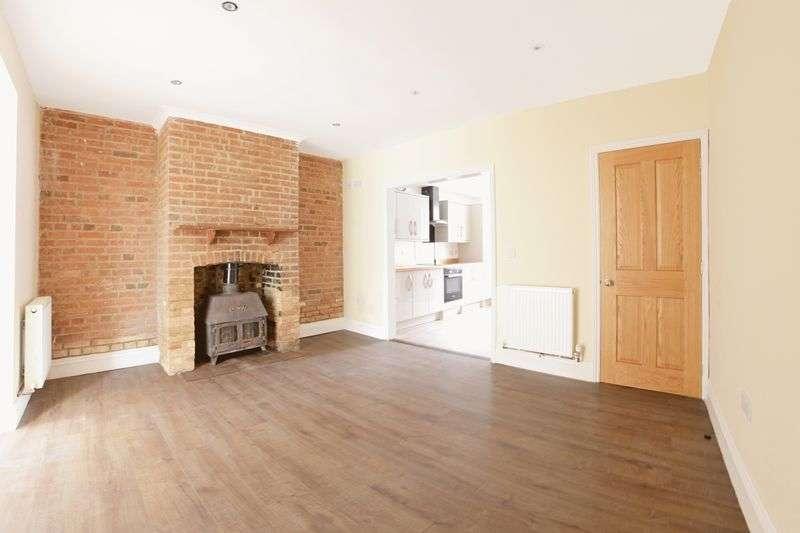3 Bedrooms Property for sale in North Street, Bere Regis, BH20.