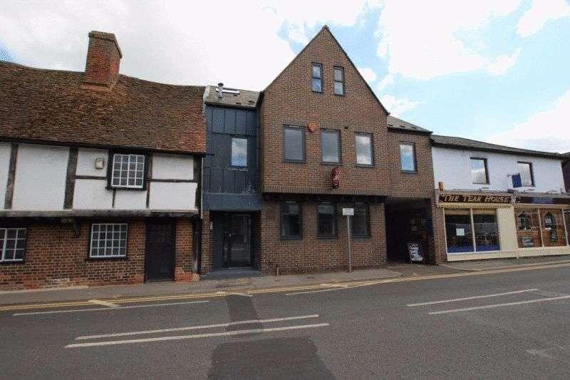 2 Bedrooms Property for sale in Peach Street, Wokingham