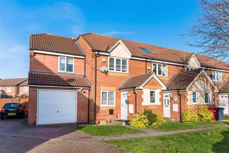 4 Bedrooms End Of Terrace House for sale in Trumper Way, Cippenham