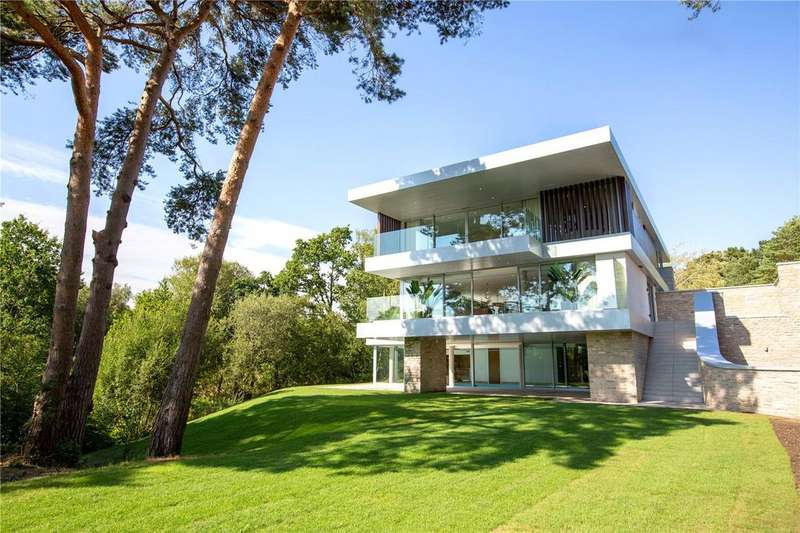 4 Bedrooms Detached House for sale in Luscombe, 1 The Drive, Brudenell Avenue, Poole, BH13