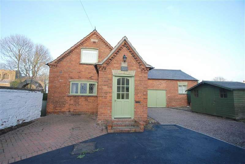 4 Bedrooms Detached House for sale in Main Road, Wigtoft, Boston