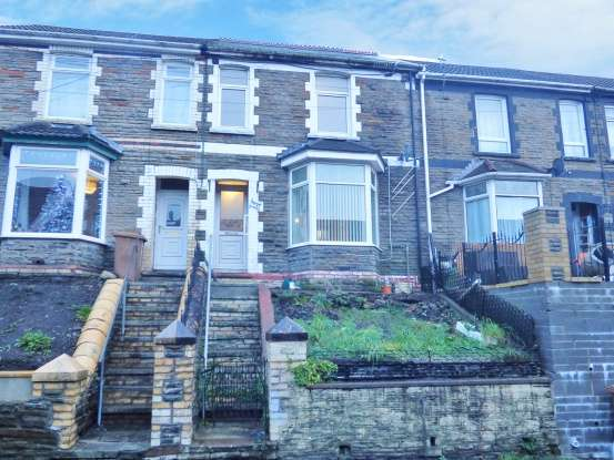 3 Bedrooms Terraced House for sale in Queens Road, Rhymney Valley, Caerphilly, Gwent, NP24 6DZ