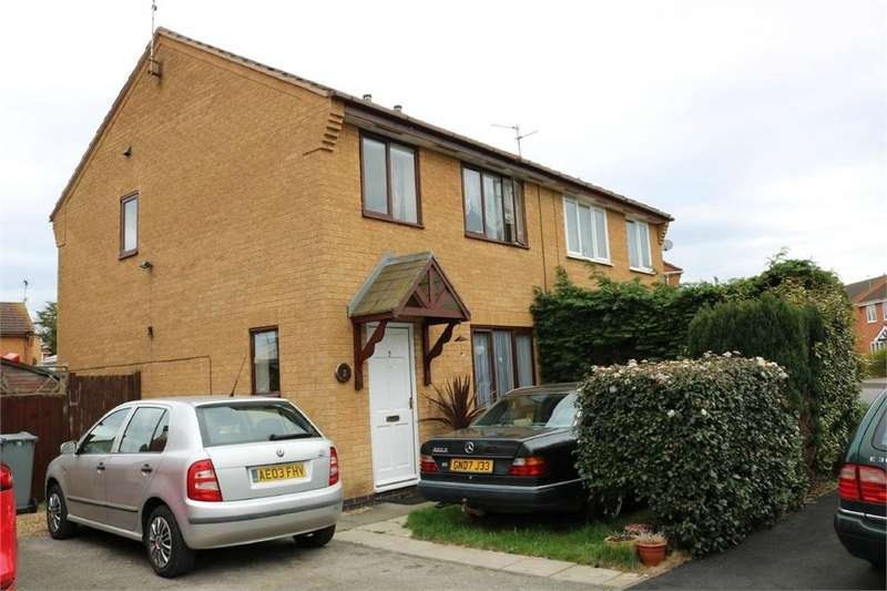 3 Bedrooms Semi Detached House for sale in Wetherby Close, Bourne, Lincs