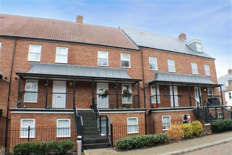 4 Bedrooms Terraced House for sale in Sharose Court, Markyate, Hertfordshire