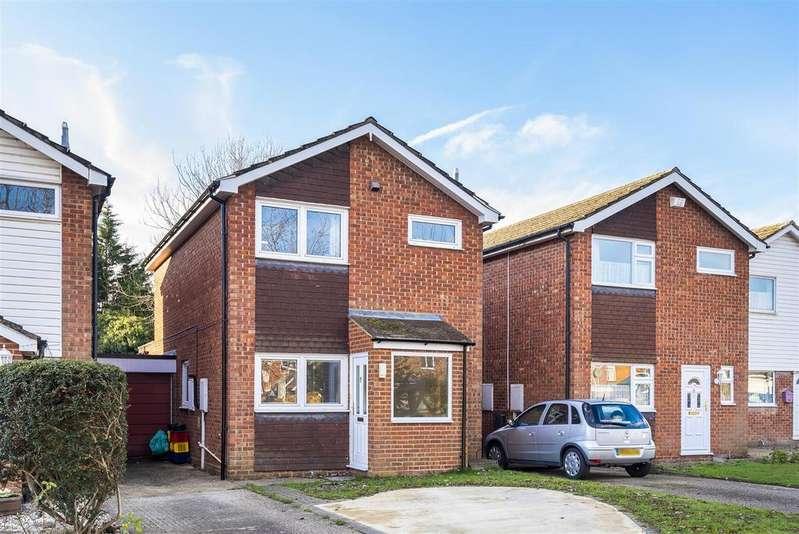 3 Bedrooms Link Detached House for sale in Moles Close, Wokingham, Berkshire, RG40 2EQ