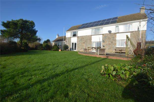 4 Bedrooms Detached House for sale in Trannack, Helston, Cornwall