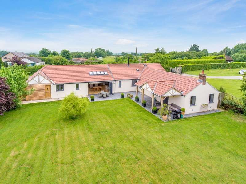4 Bedrooms Detached House for sale in South Hill, Near Somerton