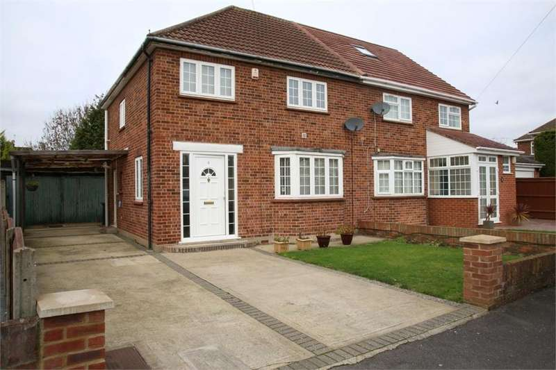 3 Bedrooms Semi Detached House for sale in Stanton Way, Langley, Berkshire