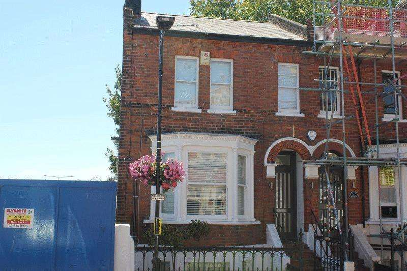 Studio Flat for sale in Clarence Street, Southend-On-Sea
