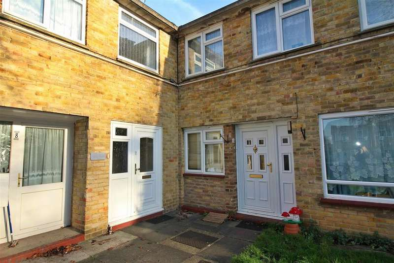 4 Bedrooms Terraced House for sale in Ram Gorse, Harlow
