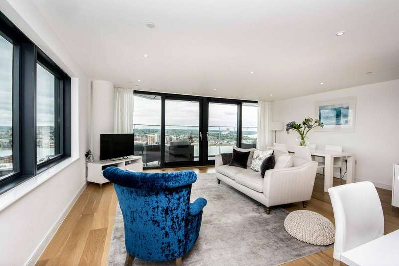 3 Bedrooms Apartment Flat for sale in The Moresby Tower, Admirals Quay, Southampton, SO14