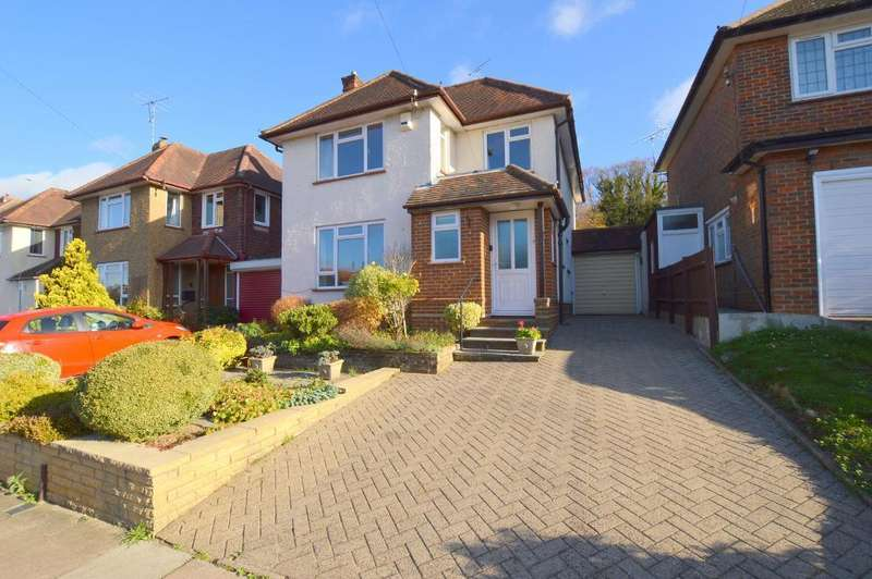 4 Bedrooms Detached House for sale in Fairford Avenue, Old Bedford Road Area, Luton, LU2 7ER