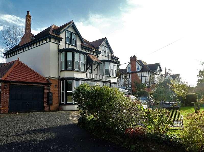 7 Bedrooms Detached House for sale in Grange Road, Bideford, Devon