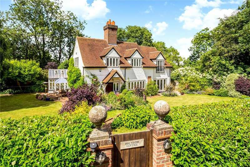 5 Bedrooms Unique Property for sale in Winter Hill, Cookham Dean, Berkshire, SL6