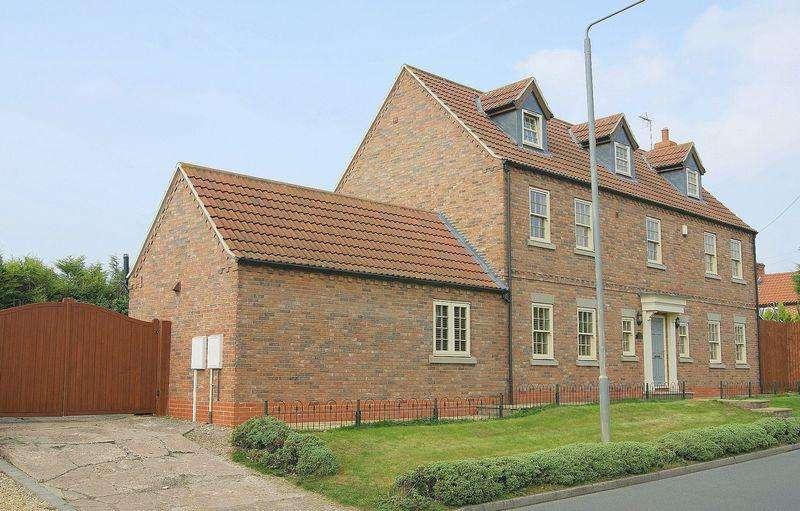 5 Bedrooms Detached House for sale in Sibcy Lane, Balderton