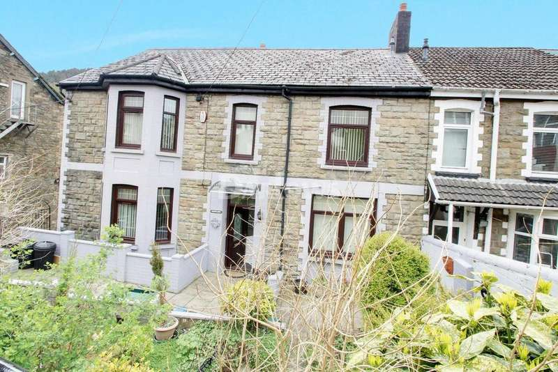 5 Bedrooms End Of Terrace House for sale in Oak Street, Abertillery, Gwent