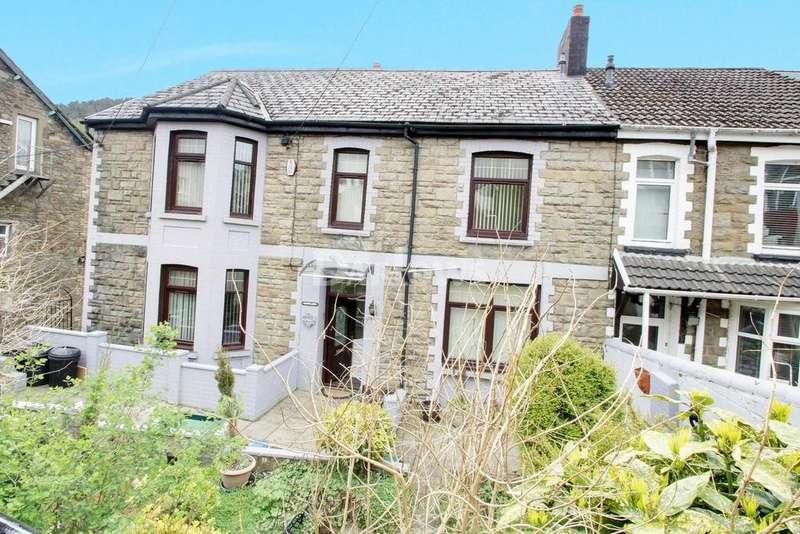 5 Bedrooms End Of Terrace House for sale in Oak Street, Abertillery, Gwent
