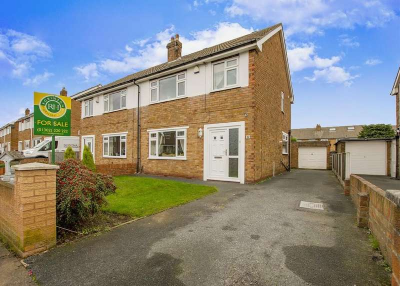 4 Bedrooms Semi Detached House for sale in Linkswood Avenue, Wheatley Hills