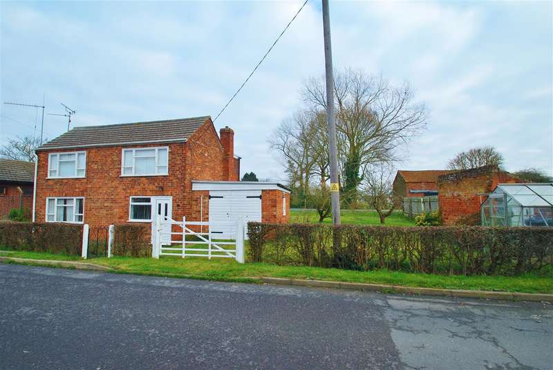 3 Bedrooms Detached House for sale in East End, Burgh Le Marsh, Skegness