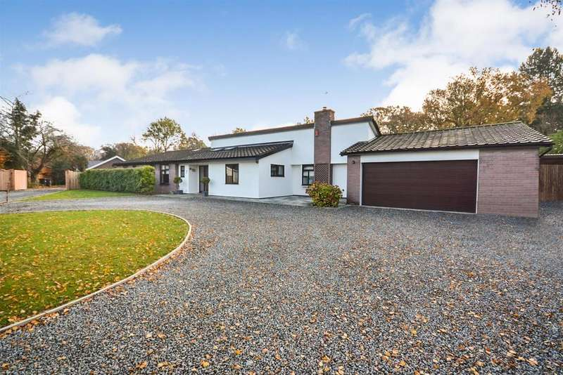 4 Bedrooms Bungalow for sale in The Ryefield, Little Baddow