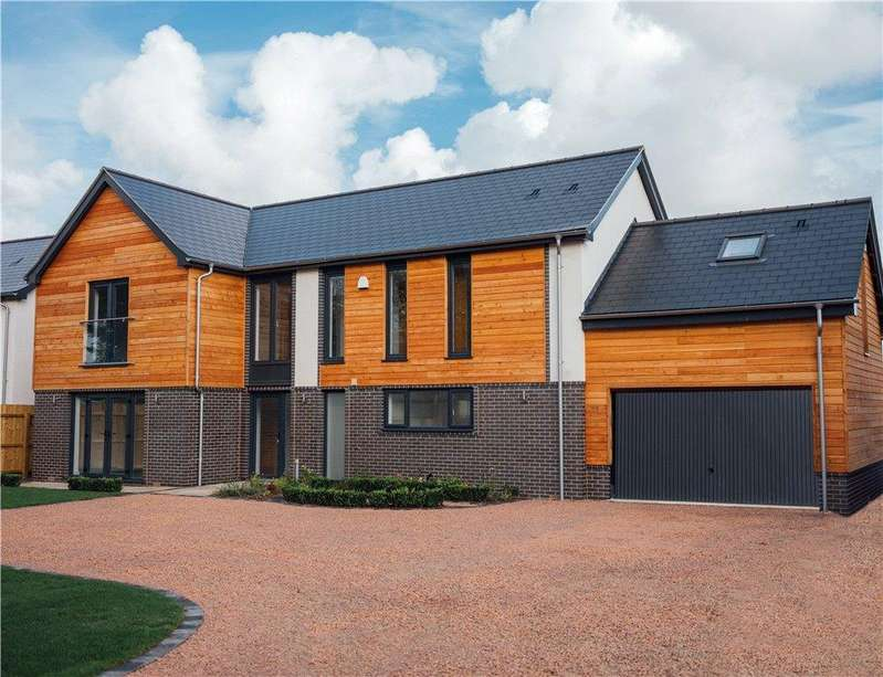 4 Bedrooms Detached House for sale in Bredon View, Worcester Road, Drakes Broughton, Pershore, WR10