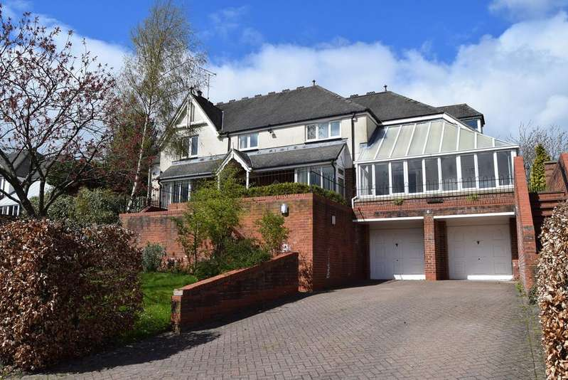 5 Bedrooms Detached House for sale in Deyncourt Close, Darras Hall, Ponteland, Newcastle upon Tyne, NE20