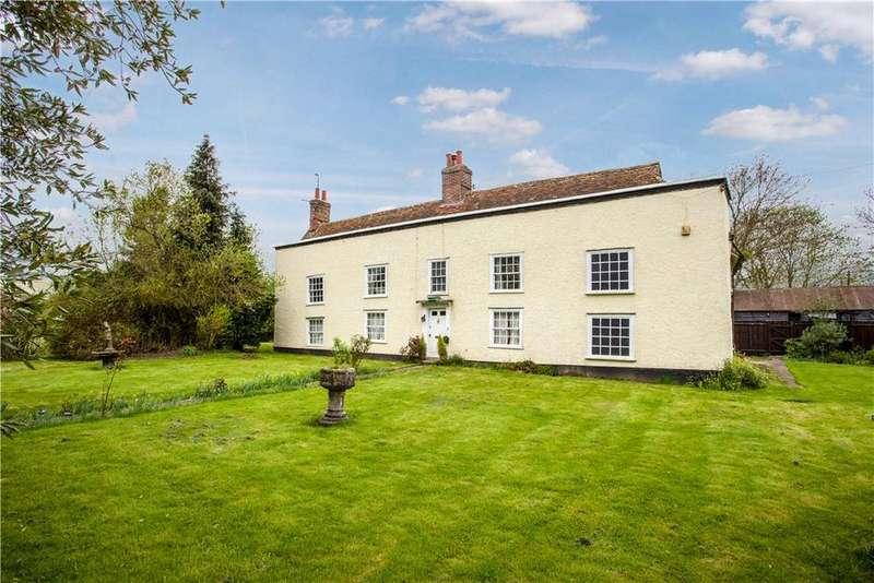 5 Bedrooms Detached House for sale in Robinhood End, Stambourne, Halstead, CO9