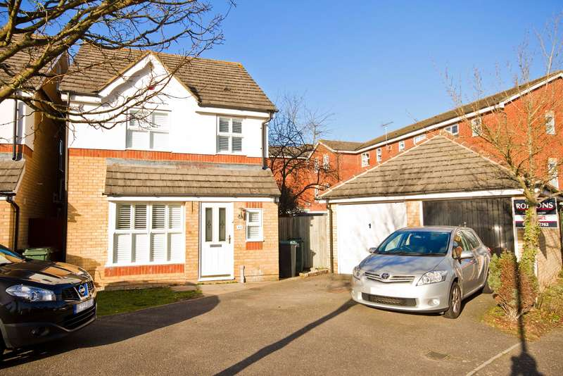 3 Bedrooms Detached House for sale in Byewaters, Watford, Hertfordshire,