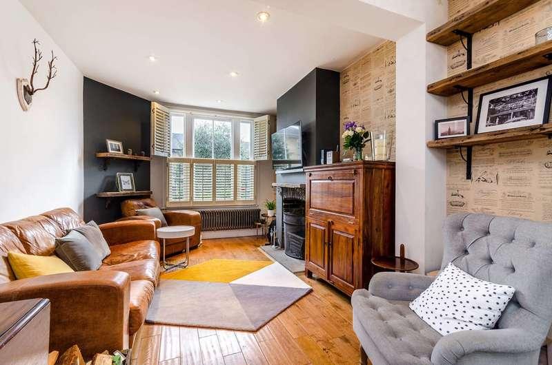 3 Bedrooms Semi Detached House for sale in Trenholme Road, Penge, SE20