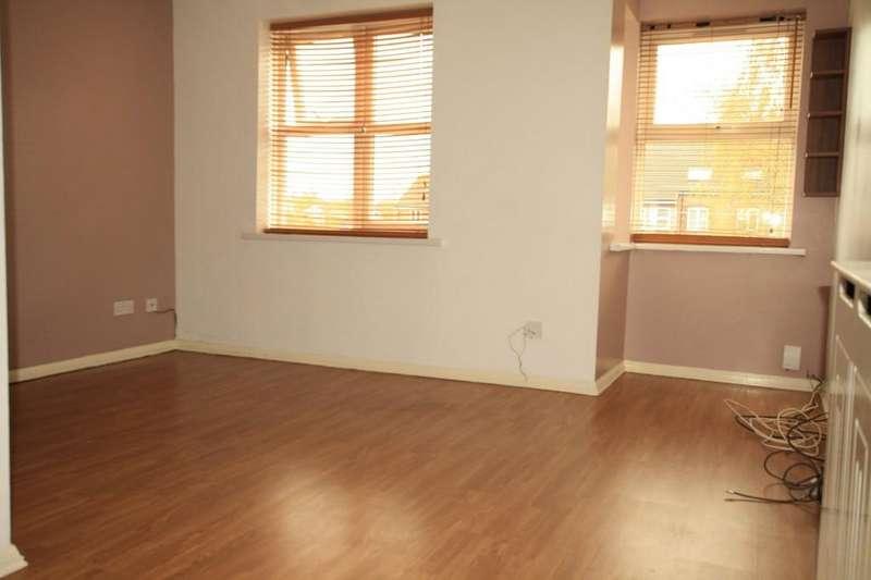 2 Bedrooms Maisonette Flat for sale in Maplin Park