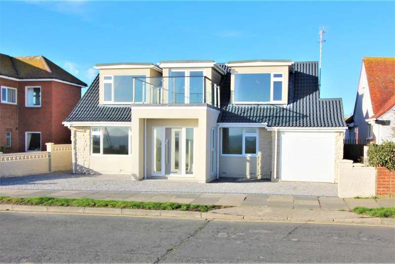 4 Bedrooms Detached House for sale in Cliff Parade, Walton On The Naze
