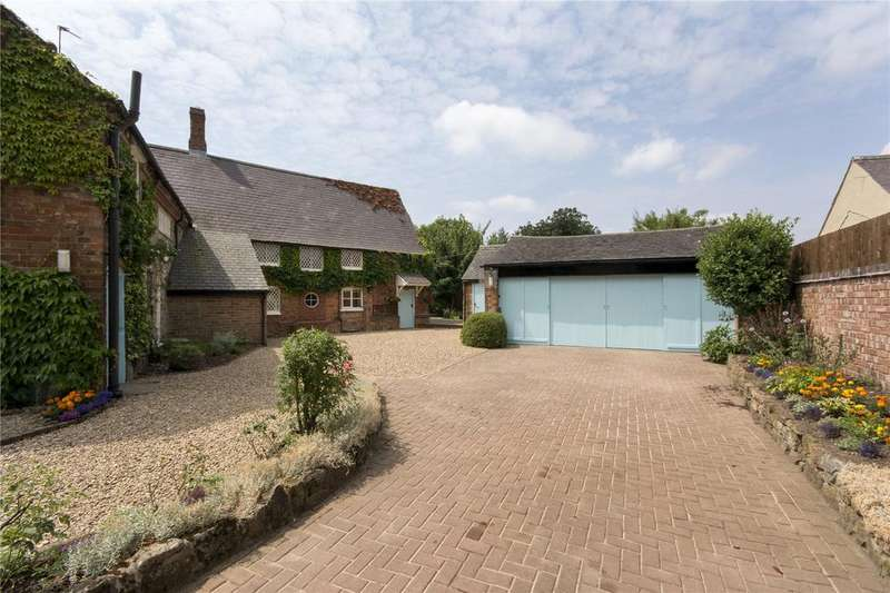 4 Bedrooms House for sale in Main Street, Houghton On The Hill