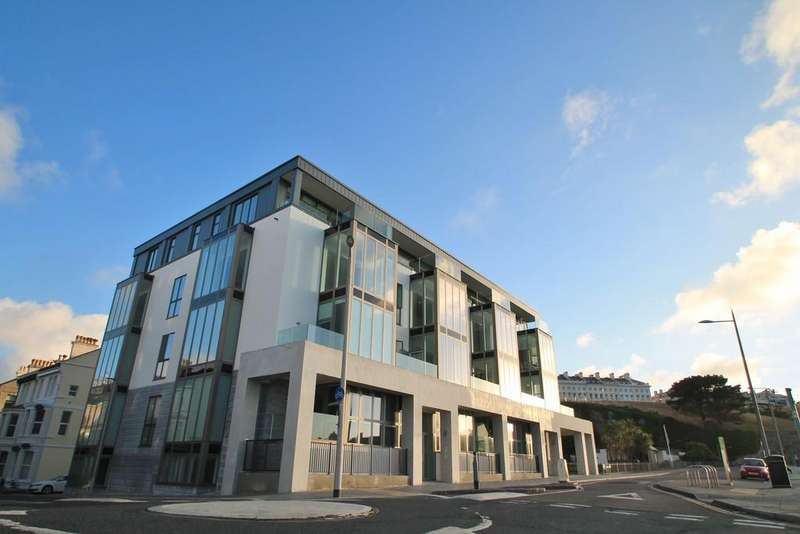 3 Bedrooms Apartment Flat for sale in Hoe Road, The Hoe, Plymouth