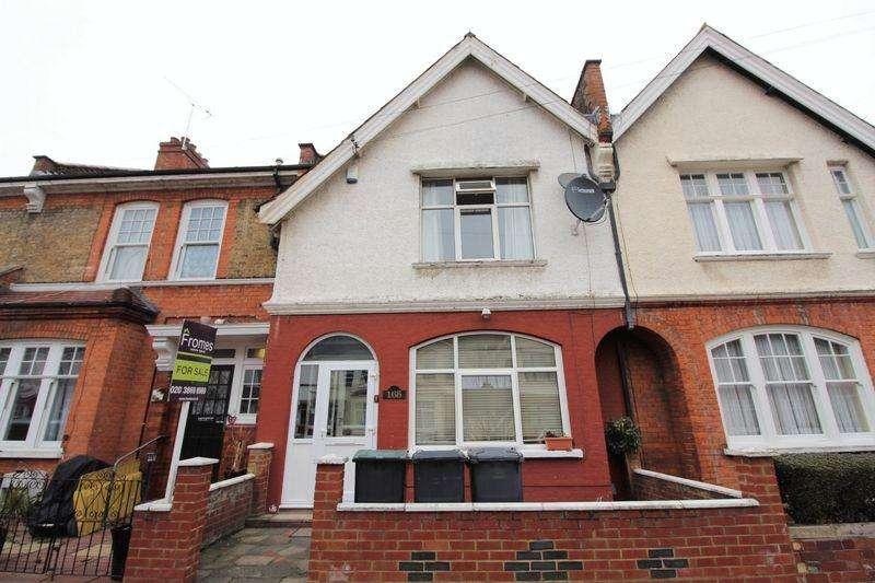3 Bedrooms Terraced House for sale in Russell Avenue, Noel Park, N22