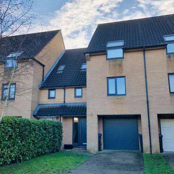 3 Bedrooms Terraced House for sale in Coulson Way, Burnham, Buckinghamshire, SL1