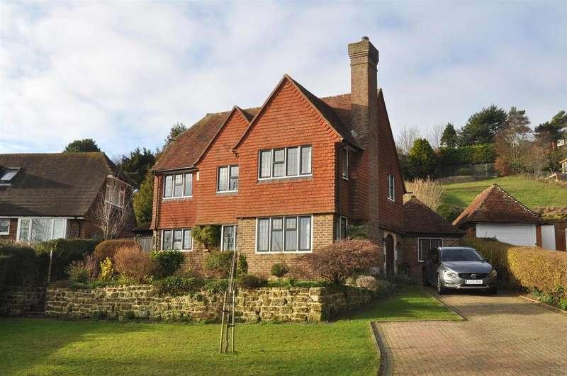 3 Bedrooms Detached House for sale in Deneside, East Dean, Eastbourne