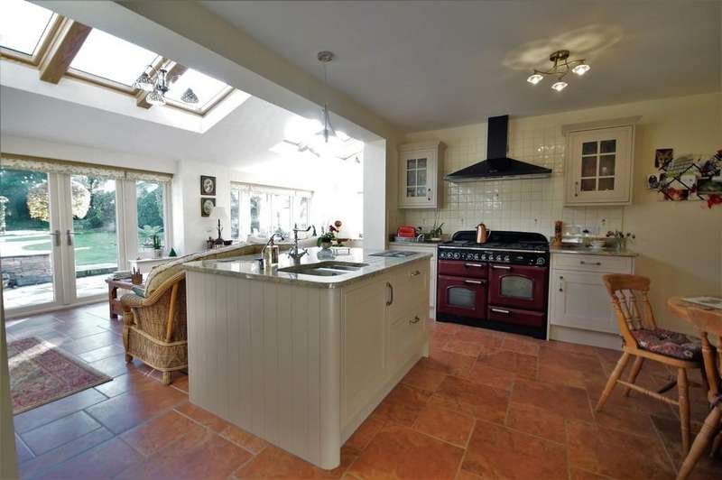 4 Bedrooms Detached House for sale in Back Lane, Brattleby, Lincoln