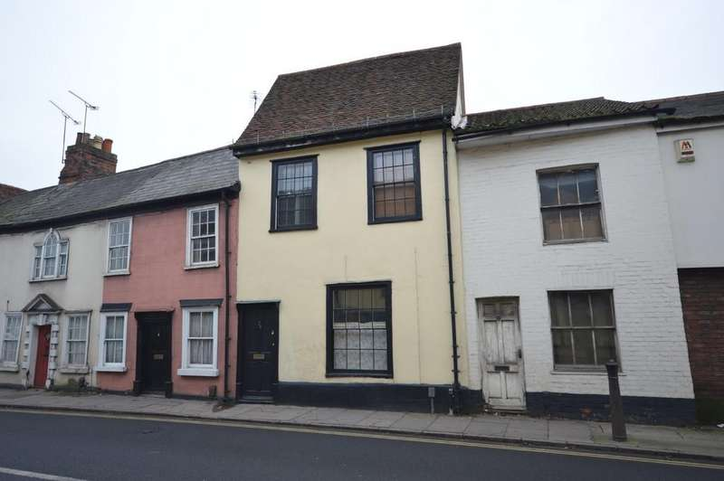 3 Bedrooms Terraced House for sale in East Hill, Colchester