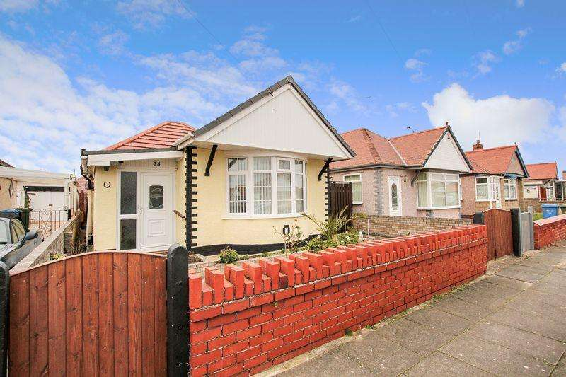 2 Bedrooms Detached Bungalow for sale in Ridgeway Avenue, Rhyl