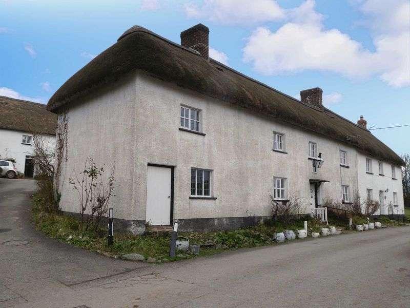 4 Bedrooms Property for sale in Winkleigh, Devon