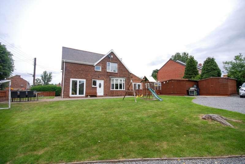 4 Bedrooms Detached House for sale in Kenlea, Selkirk Crescent, Birtley