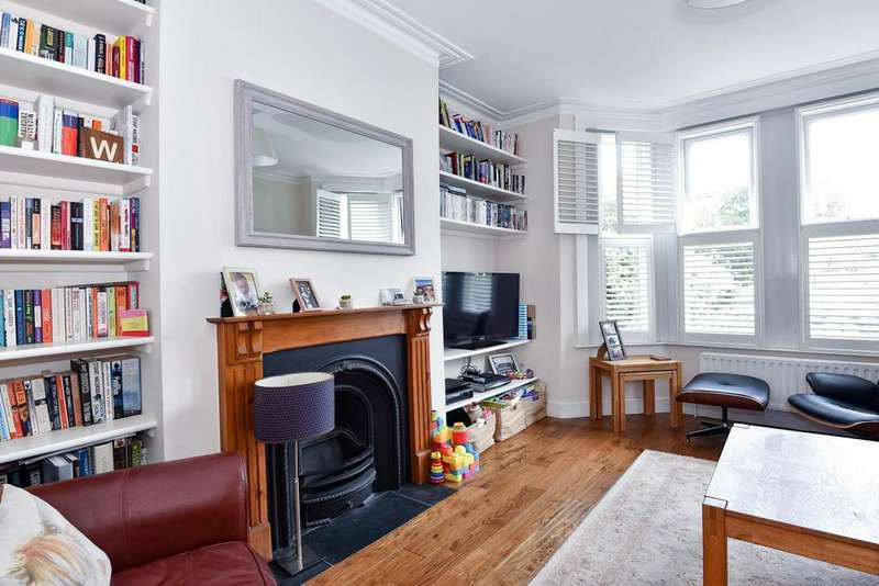 2 Bedrooms Flat for sale in Clive Road, West Dulwich