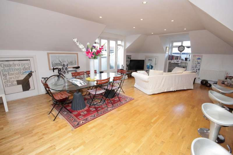 2 Bedrooms Apartment Flat for sale in Crown Lane, Maidenhead