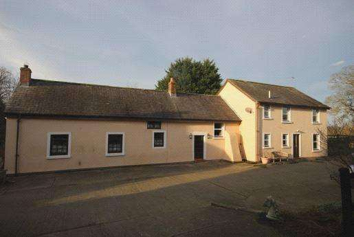 3 Bedrooms Detached House for sale in The Croft, Kirkandrews-on-Eden, Carlisle, Cumbria