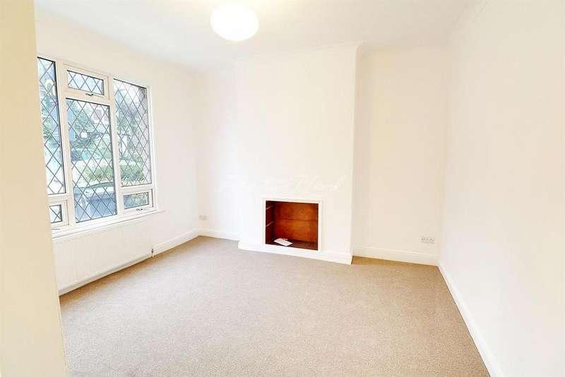 2 Bedrooms Terraced House for sale in Caversham Road, N15