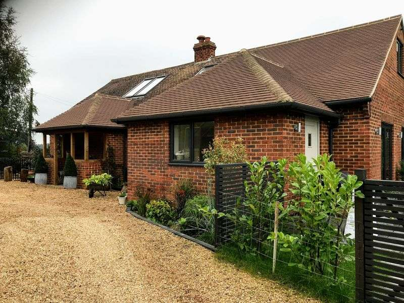 4 Bedrooms Property for sale in Sedlescombe, East Sussex