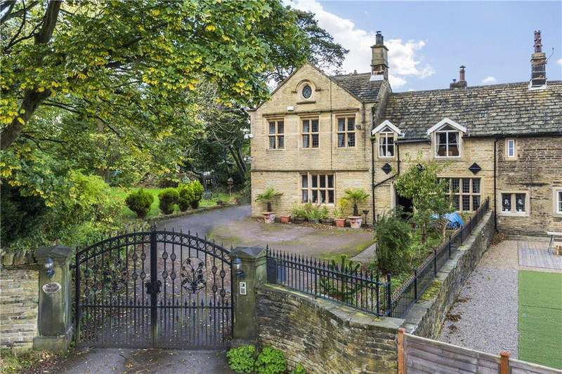 3 Bedrooms Unique Property for sale in Bolton Old Hall, Cheltenham Road, Bradford, West Yorkshire